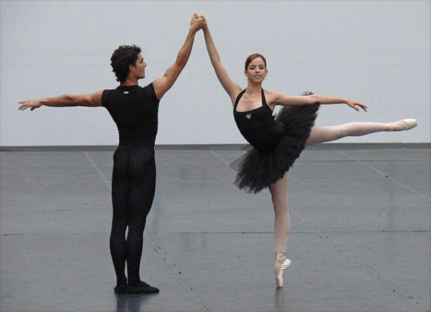 640px-Pas_de_deux_du_Corsaire_Ballet_national_de_Cuba_(Grand_Palais)_(989747896).jpg