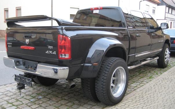 2006_-_Dodge_Ram_3500_-_Mega_Cab_-_Dually_4x4_-_Laramie_-_RR